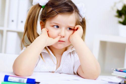 Školáci a domáce úlohy? Radšej nech si upracú izbu - ale každý deň