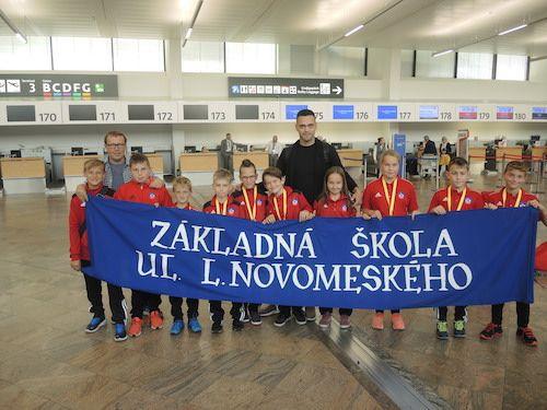 Hráčom Chelse iManchester United  fandili aj  malí slovenskí majstri McDonald´s Cupu