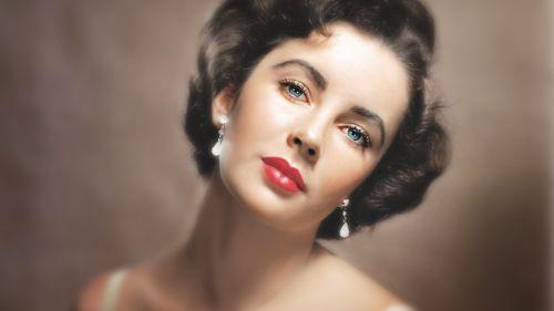 Elizabeth Taylorová: manželkou aj matkou – niekoľkokrát