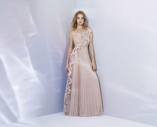 Módne eko-okienko: Obliekli by ste si sukňu z PET fľaše?
