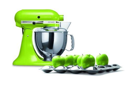 Farebný kuchynský pomocník prebudí jar vo vašej kuchyni