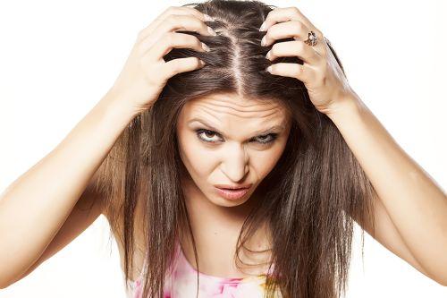 Popôrodné padanie vlasov?