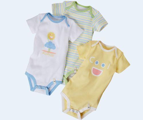 Leto s bábätkom – alebo čo si zabaliť do dovolenkového kufra, ak ste čerstvá mamička