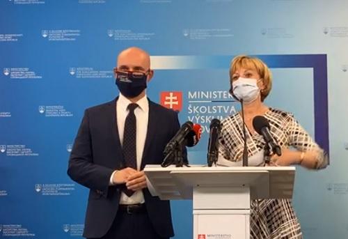 Minister školstva Gröhling:  Nebude zberná trieda, ani telocvične