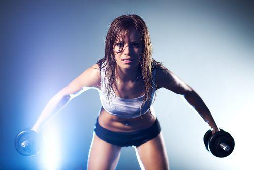 Cvičíte? Pozor na činky a skoky