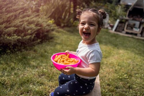 Chrumky, brumíky, párky, paštéty: naozaj si želáte dávať deťom toto do úst?