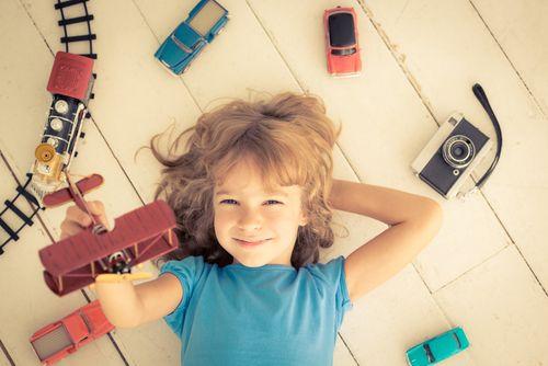Aktívne a pasívne hračky. Hrá sa vaše dieťa málo?