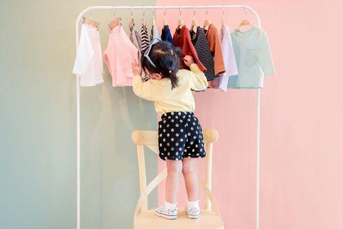 Ako obliecť dieťa. Zn.: Nie som nákupná maniačka
