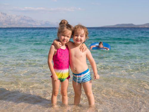 20 najlepších pláží pre rodičov s deťmi na Jadrane