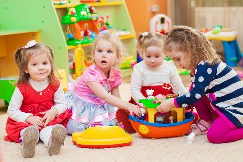 Vytlačia 5 ročné deti z materských škôl tie mladšie?