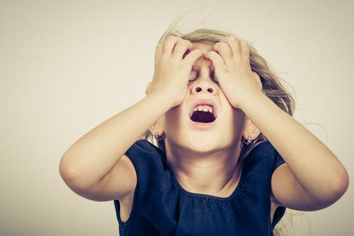 8 neznesiteľných počinov drzého dieťaťa