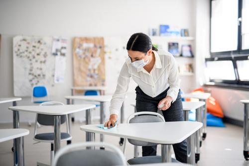 Ako budú školy fungovať od januára 2021? Testy nás zrejme neminú