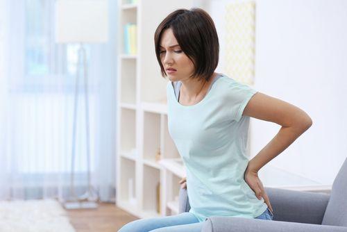 Chronická bolesť chrbta – liečba pomocou laserovej operácie
