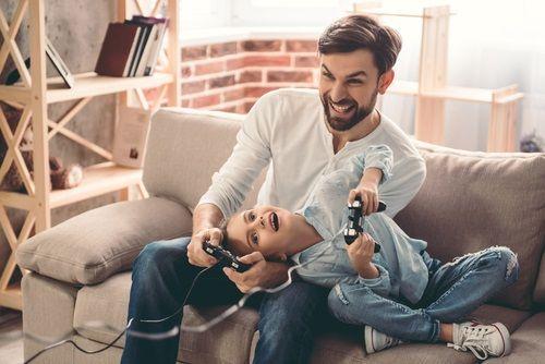 Ak dáte na starosti deti mužovi, neočakávajte, že bude robiť matku