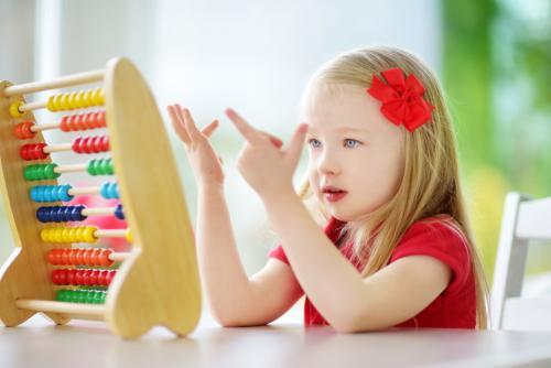 Hejného metóda deti baví, školy sa jej však stále boja