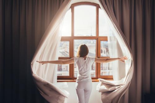 5  dôvodov, prečo sa vám oplatí vstávať ráno o piatej