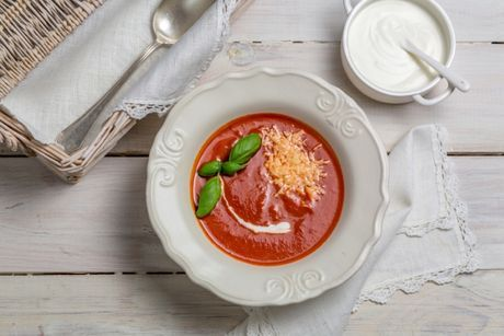 Rajčinová polievka na 5 spôsobov