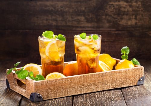 Obľúbený ľadový čaj. Čo ste o ňom nevedeli?