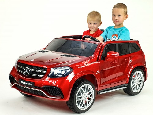 Od traktora k Mercedesu - vozový park pre deti