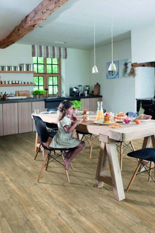 Pekne od podlahy: Vinyl, drevo či laminát?