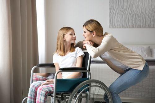 Každý druhý pacient so zriedkavou chorobou je dieťa. Rodinám môže pomôcť aj osobná asistencia