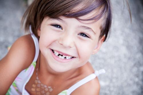 Viete, ako sa správne starať omliečne zuby svojho dieťaťa? 6 dobrých rád, ako na to