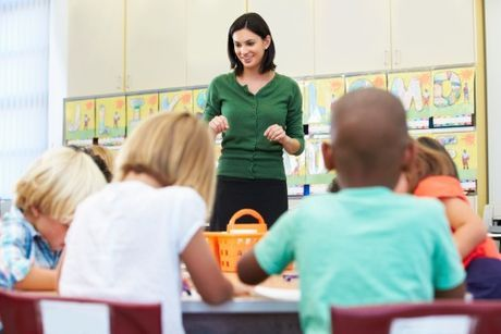 Jednou nohou v base, ale inak job snov: učiteľka v škôlke